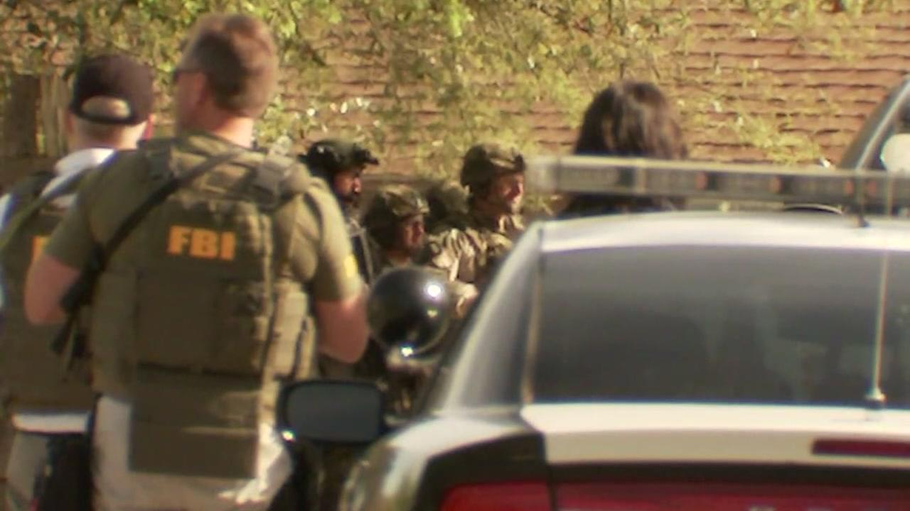 Investigators seek motive in Austin package bombings