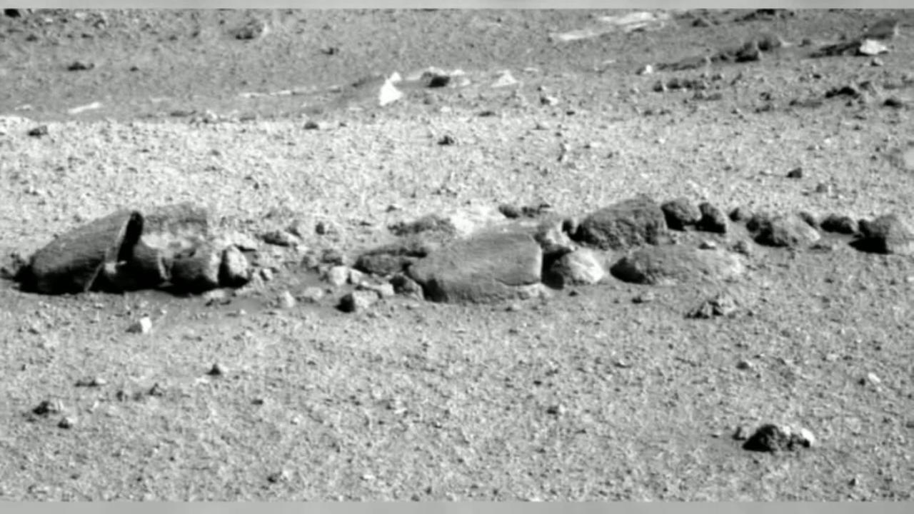 Did NASA find an alien skeleton on Mars?
