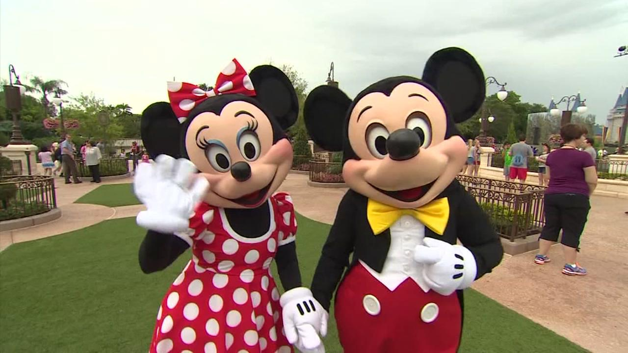 Kids eat free at Disney this summer