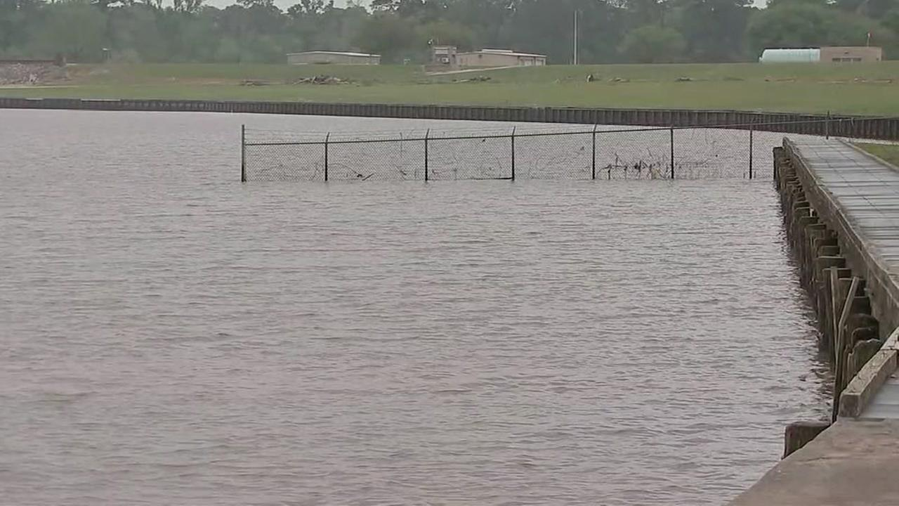 Officials reduce levels at Lake Houston ahead of storms