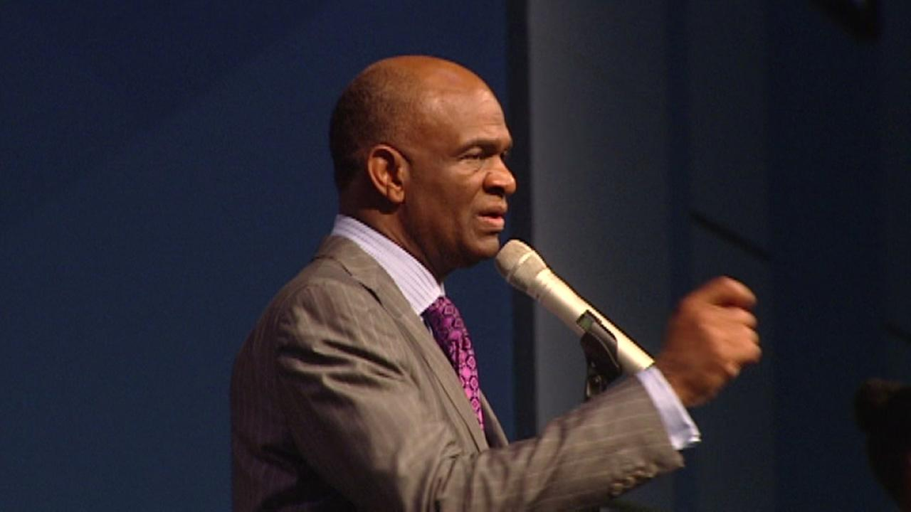 Attorney for Pastor Kirbyjon Caldwell speaks today
