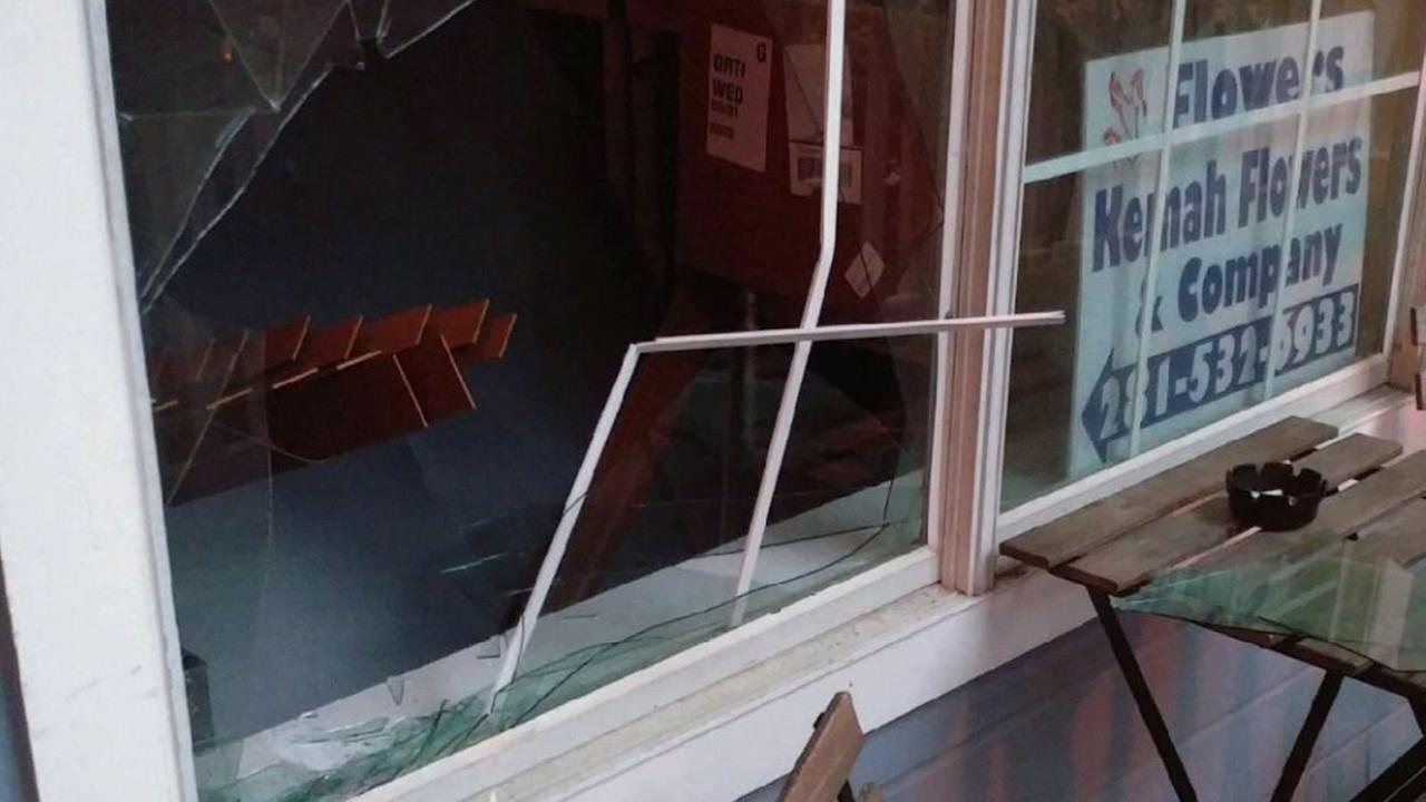 Kemah business offers thief job after breaking into coffee shop