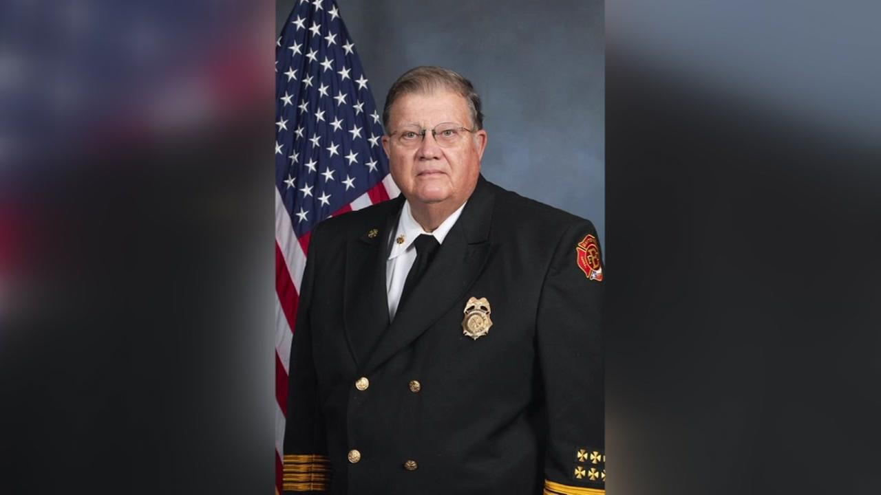 Baytown former fire chief died
