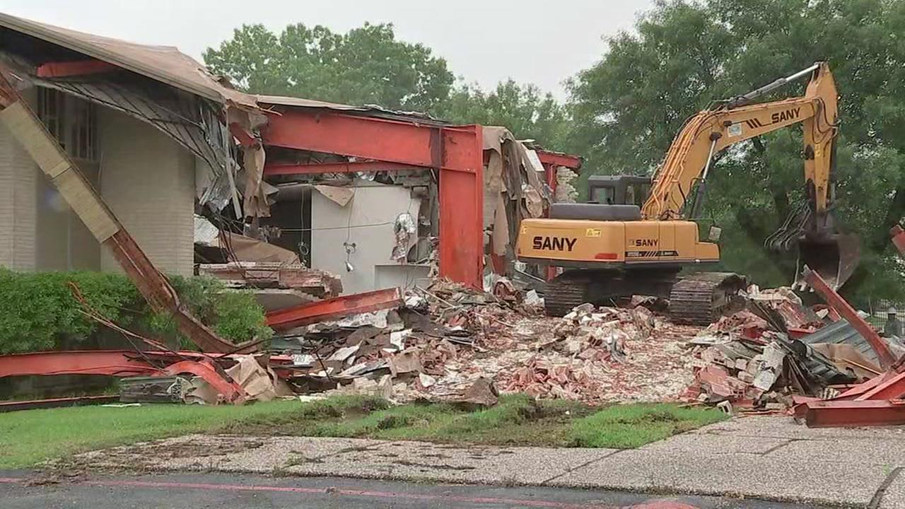 Flood-damaged Orthodox Jewish sanctuary in Houston being demolished
