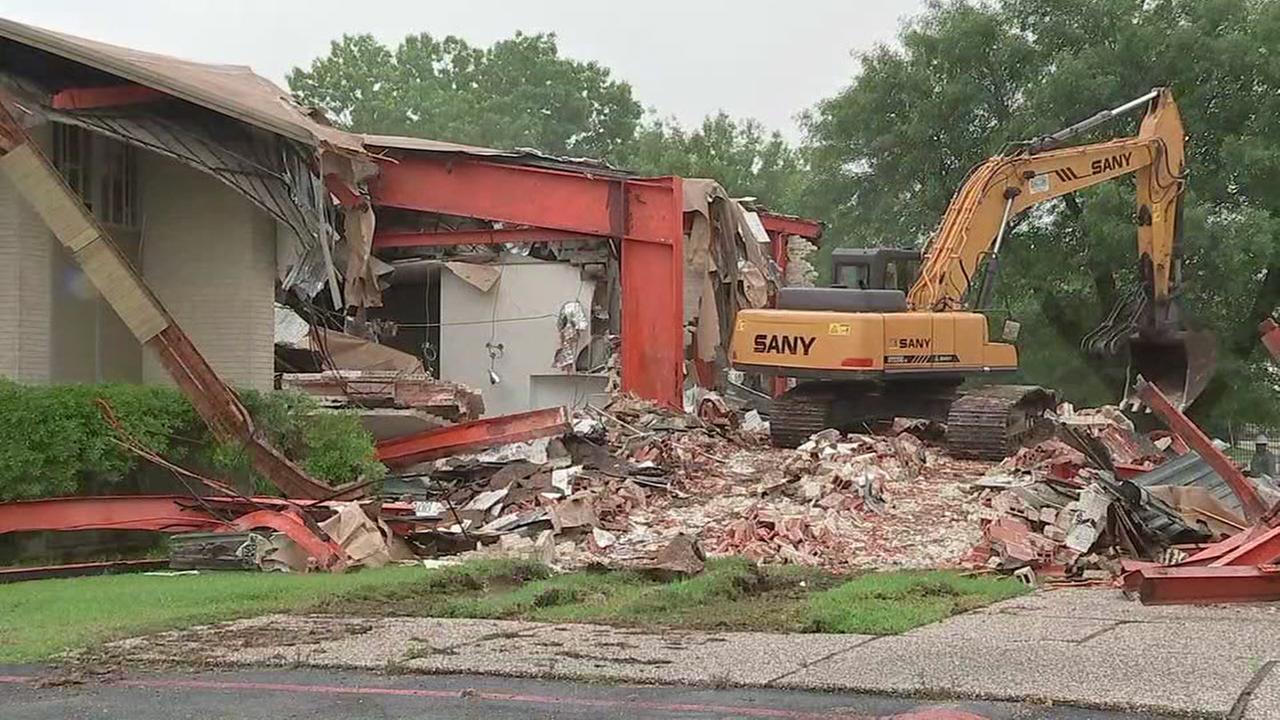Flood-damaged Orthodox Jewish sanctuary in Houston being demolished