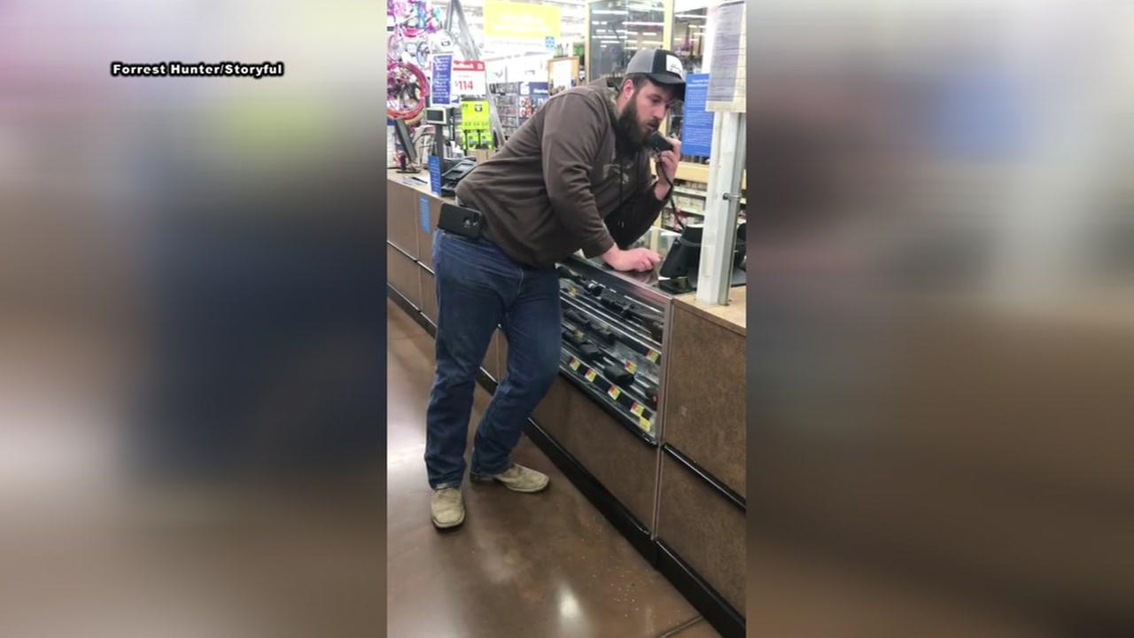 Frustrated Walmart shopper takes matter into his own hands