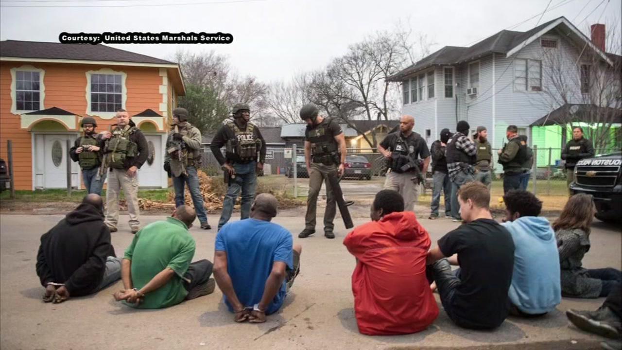 Officials arrest 341 gang members