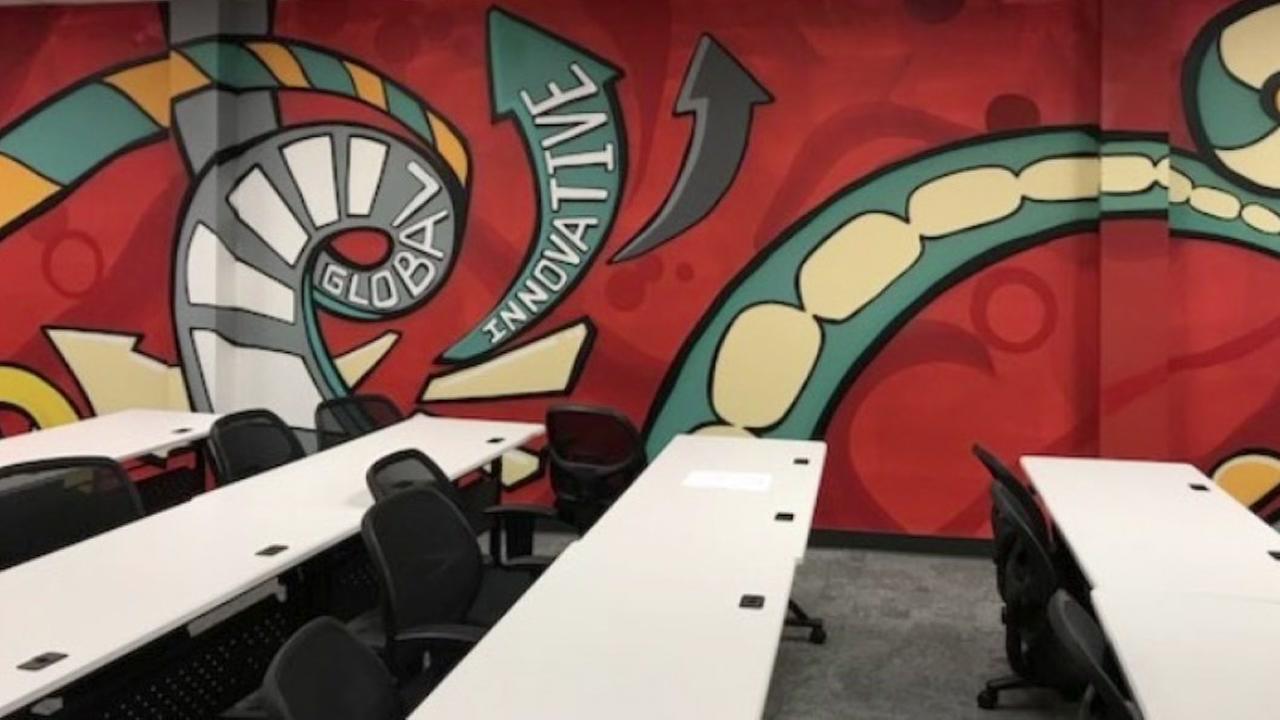 Local graffiti artist gives University of Houston classroom a facelift