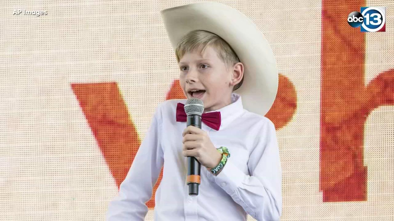 Viral yodeling star signs record deal