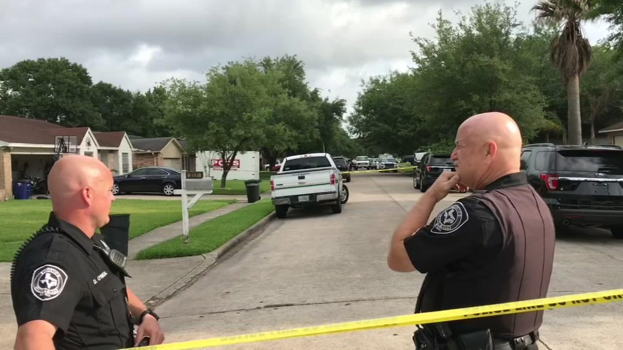League City police fatally shoot suspect