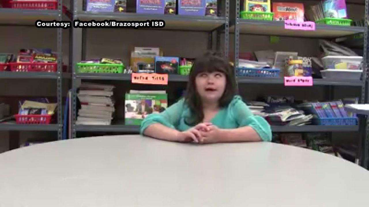 Brazosport ISD blind third grader inspires others, teaches lesson on acceptance