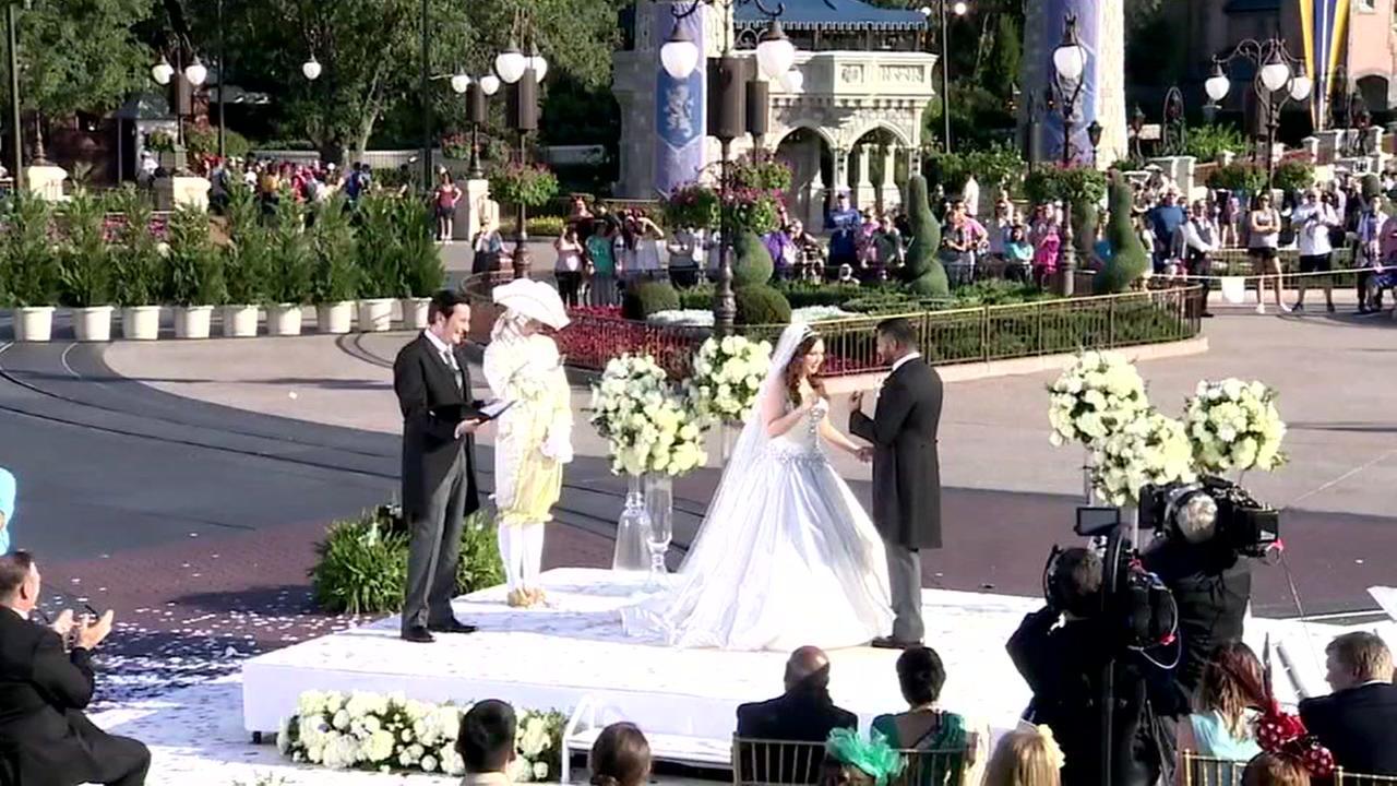 Katy couple affected by Hurricane Harvey has wedding at Disney World