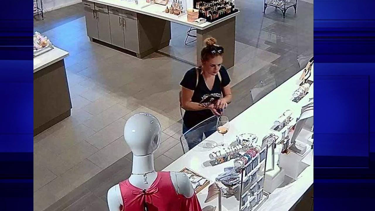 Kemah police are searching for woman they say stole $1000 worth of jewelry