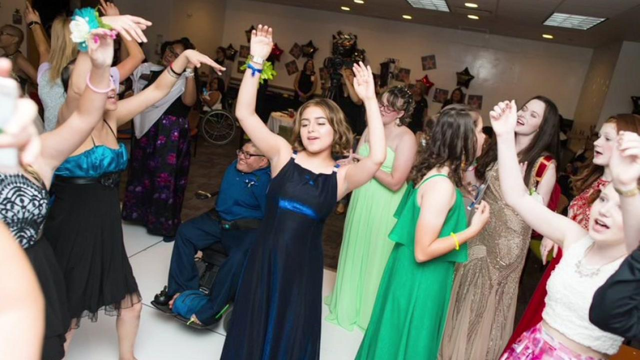 Texas Childrens Hospital puts on prom hosted by Texas Childrens Child Life Department