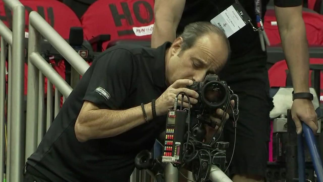 Veteran NBA photographer is front row for Rockets-Warriors