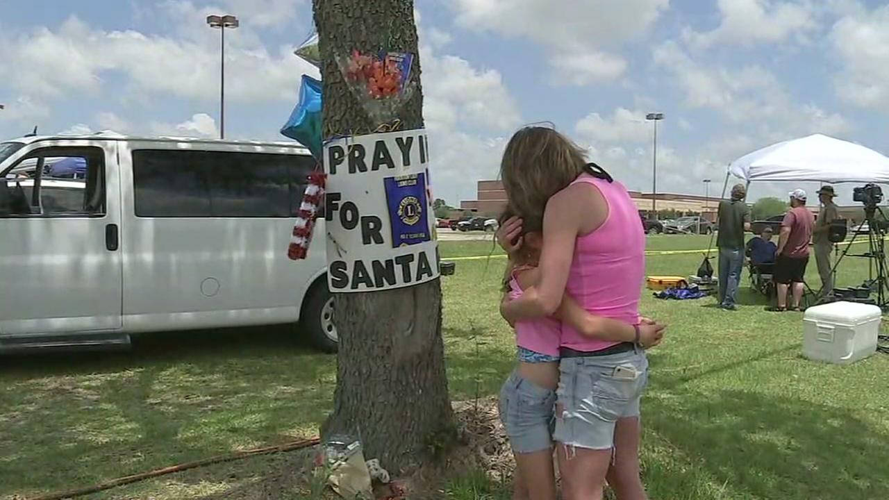Mood in Santa Fe following fatal highs chool shooting
