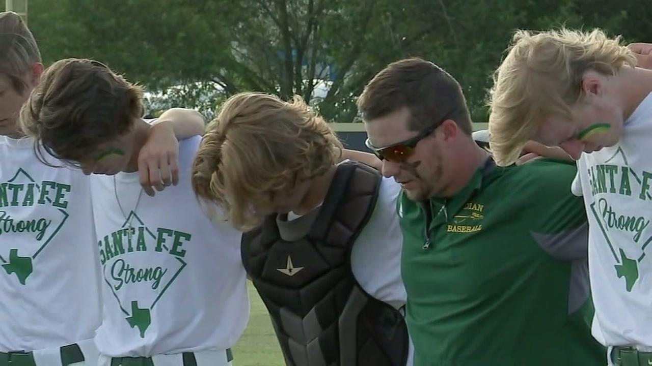Santa Fe baseball team return to field day after tragic shooting