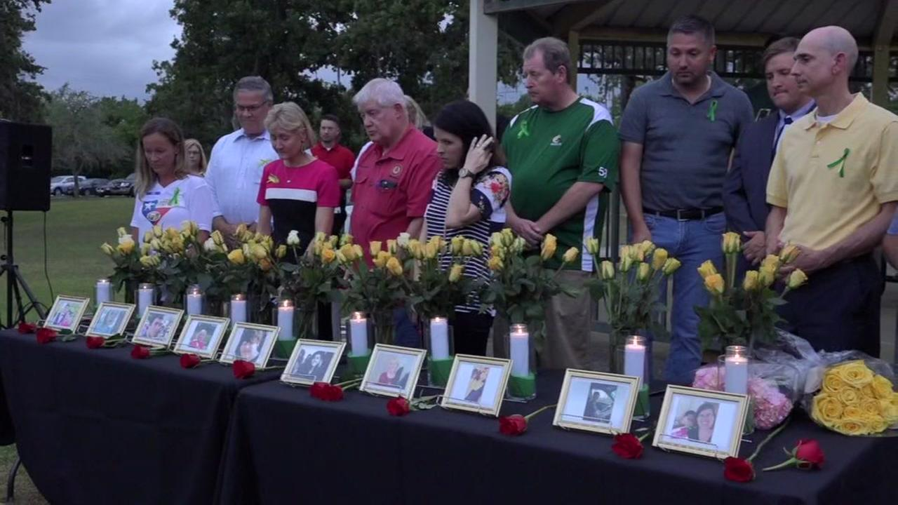 Vigils held for Santa Fe victims