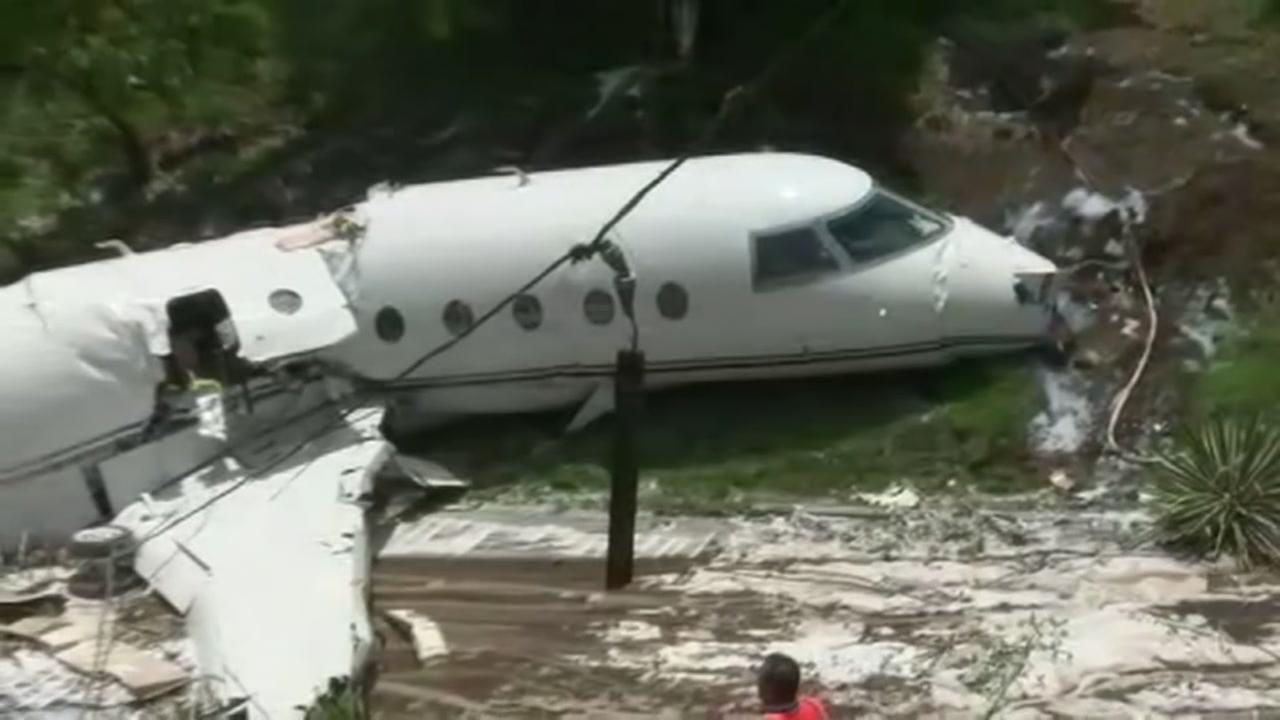 All survive plane crashes in Honduras