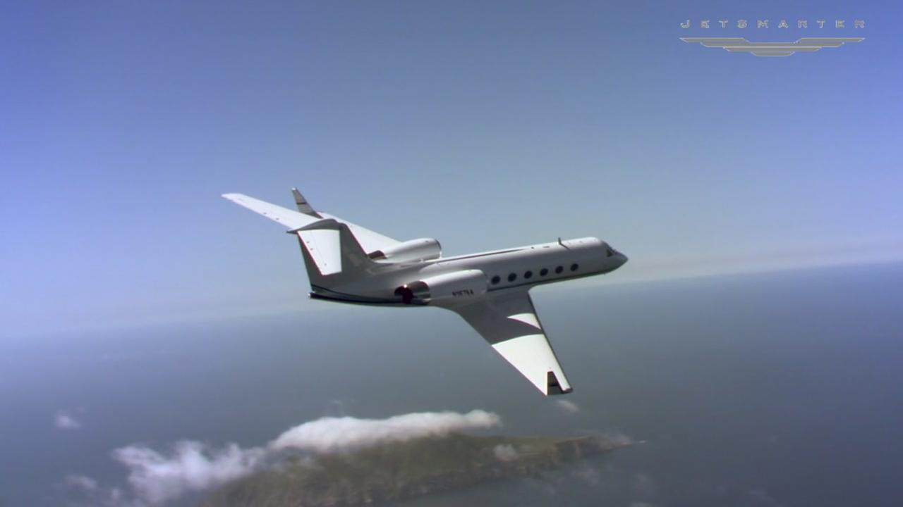Luxury private jet service now offering schedule flights between Houston and Dallas