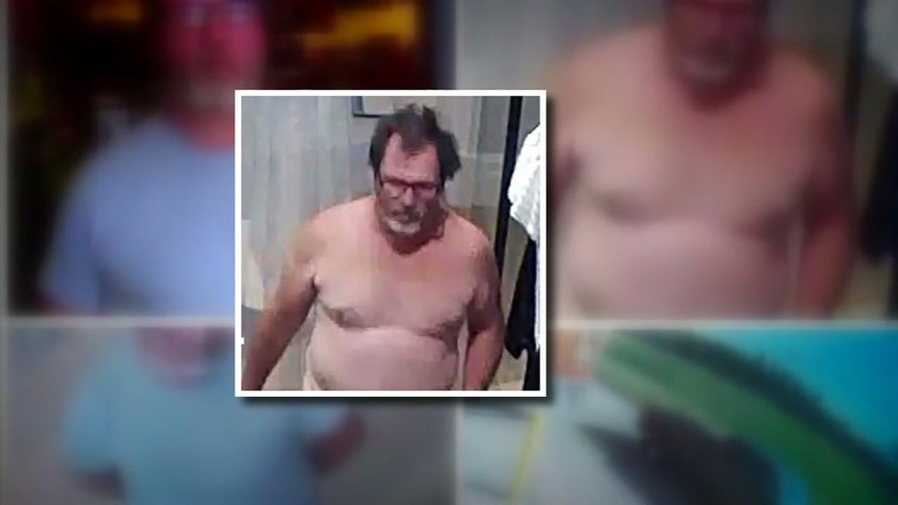 Sex offender wanted after allegedly stripping naked repeatedly in stores across the Houston area