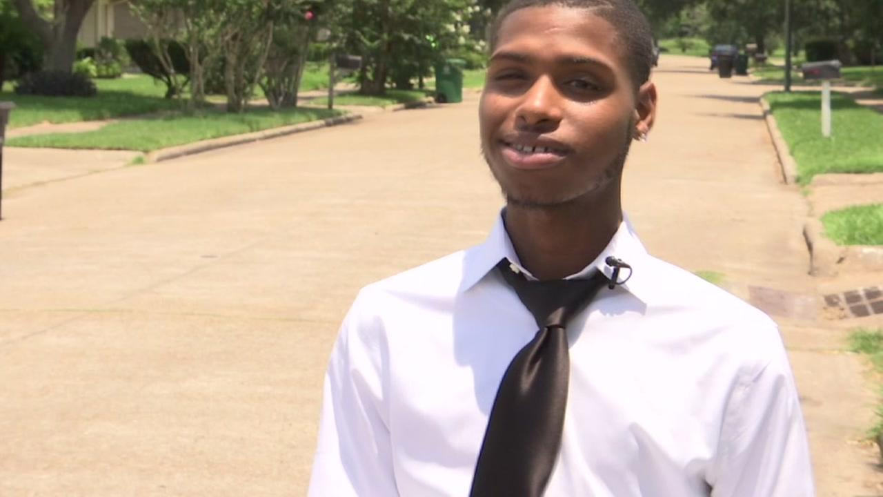 Teen injured in shooting able to attend graduation