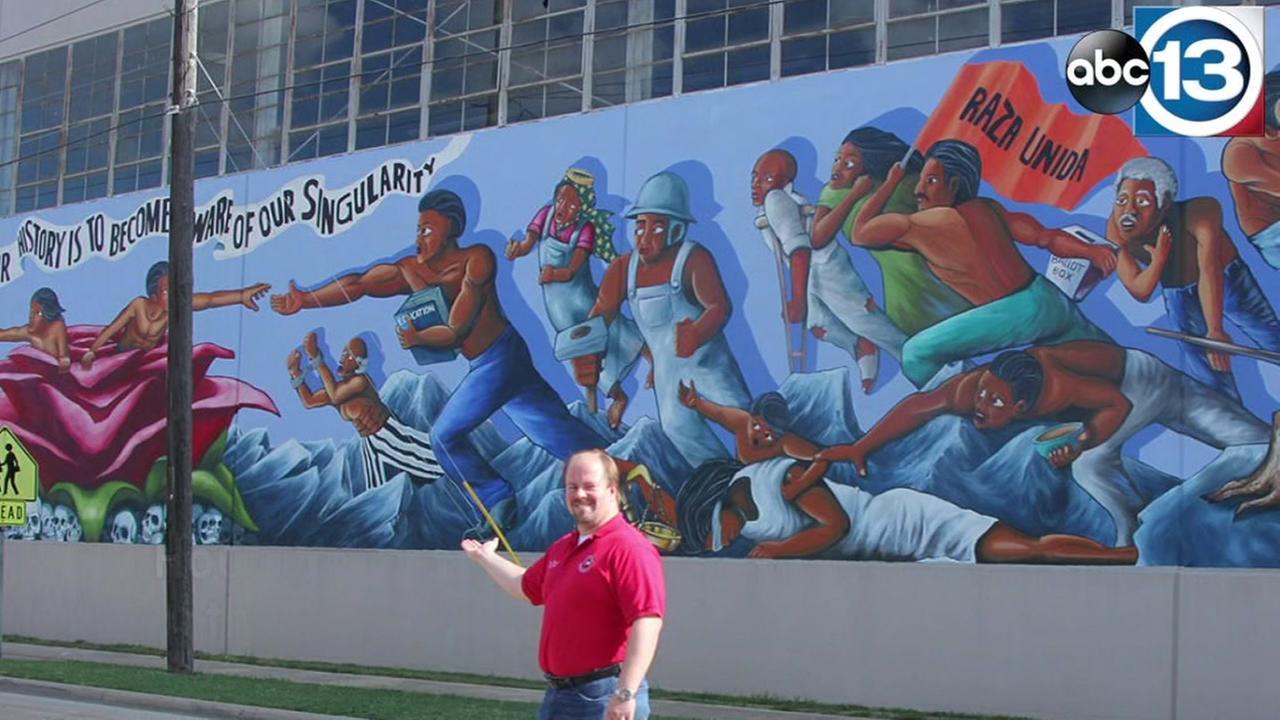 Mural on Harris Co. building restored