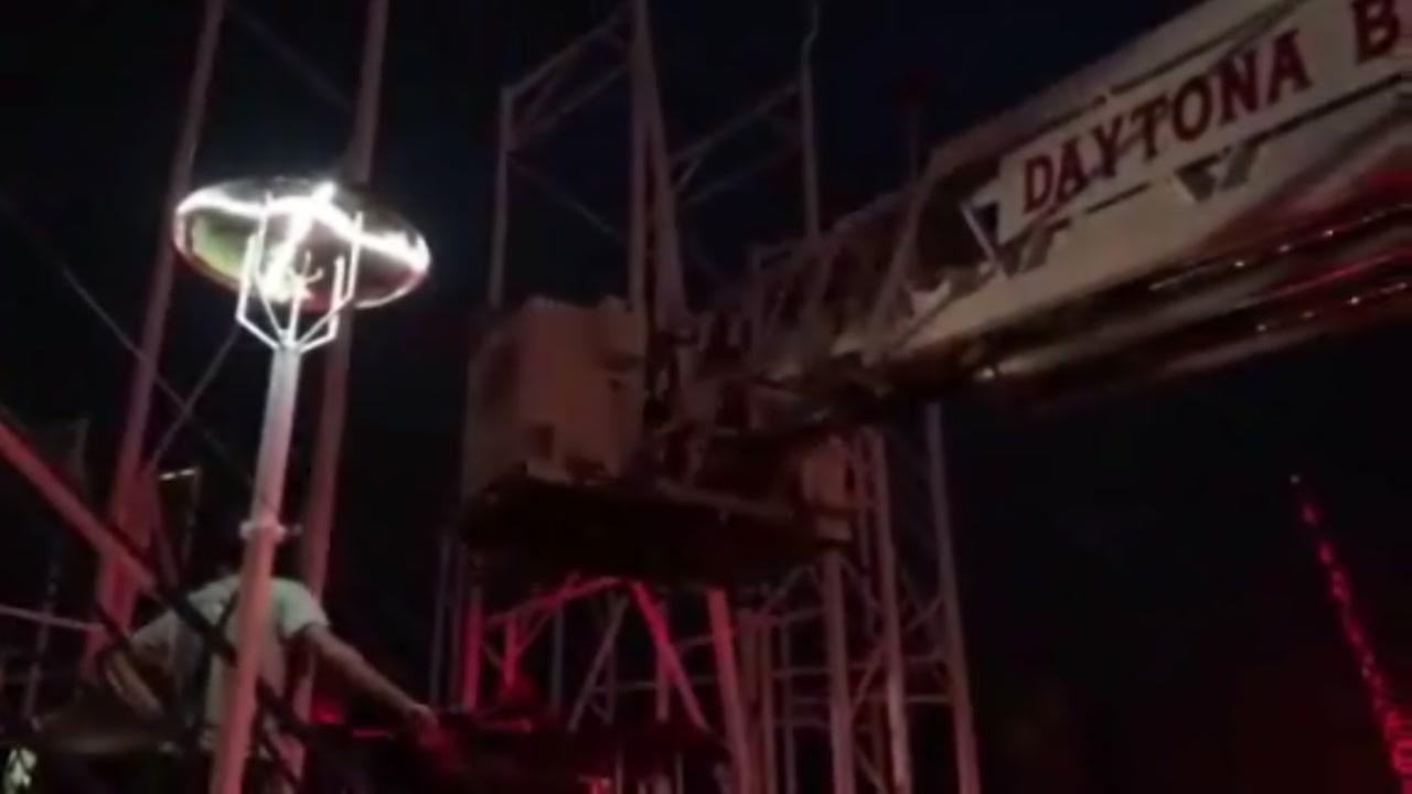 Crews rescue riders from derailed roller coaster
