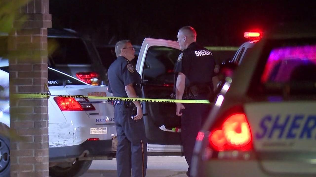 Man shot by people he met online in Crosby