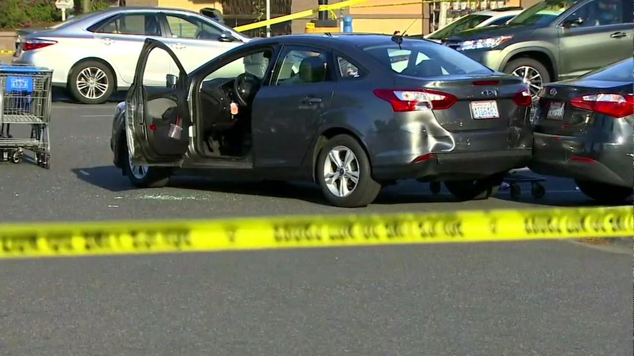 Armed bystander shoots, kills suspected carjacker at Walmart