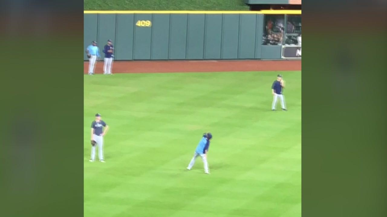 A Tampa Bay player threw baseballs at the Astros train