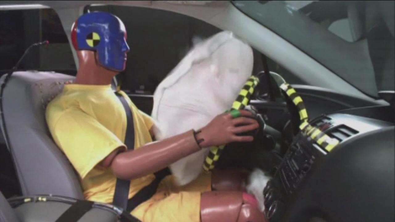 Questions about air bag safety recall still unanswered