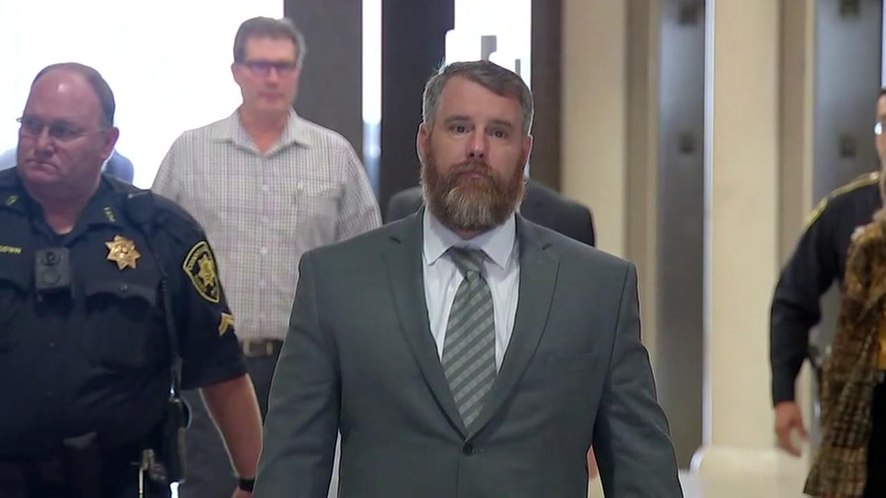 Deliberations resume Saturday in deadly Dennys fight trial