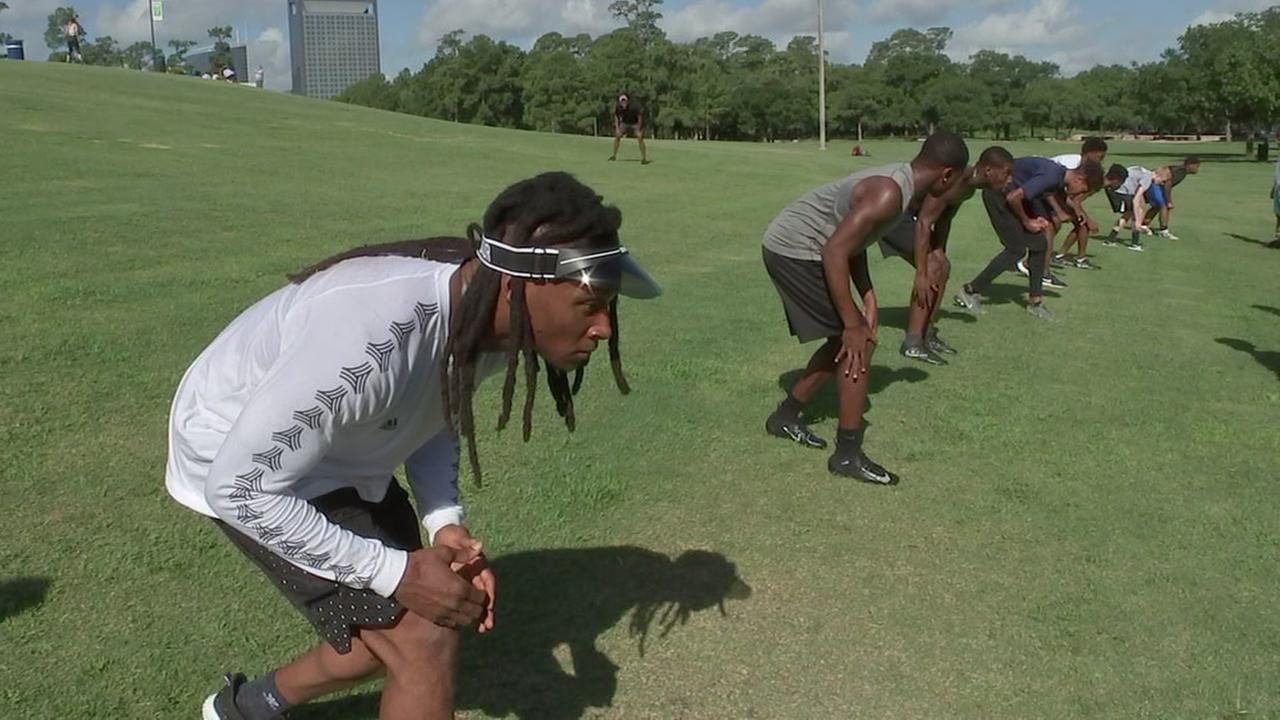 DeAndre Hopkins hosts workout at Miller Outdoor Theatre