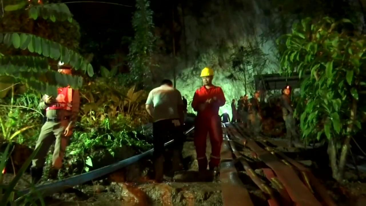 3 rescuers shocked by electrical lines searching for soccer players lost in Thailand cave