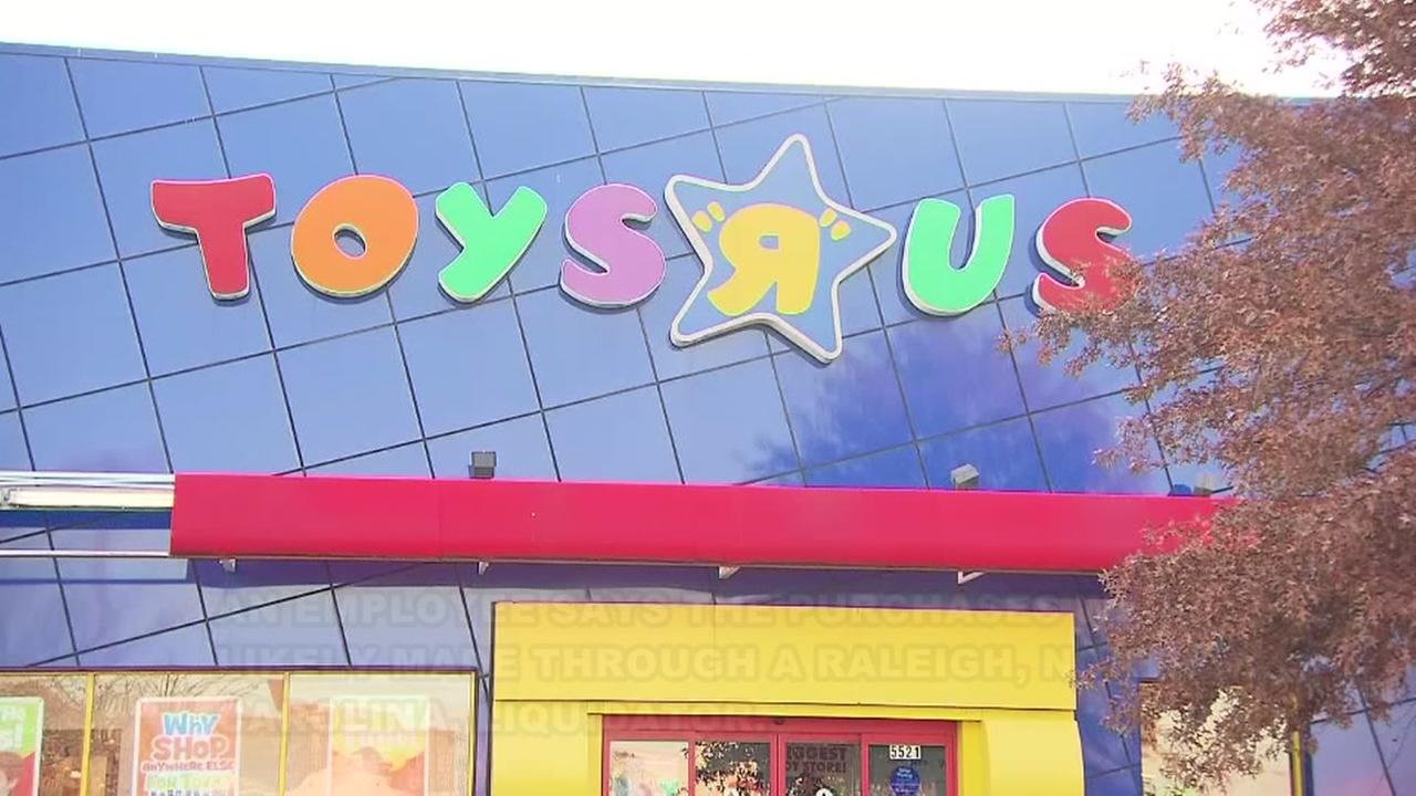 Anonymous man buys $1 million worth of Toys R Us inventory