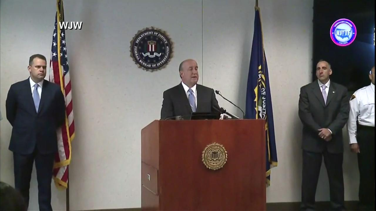 FBI announces arrest in terror plot