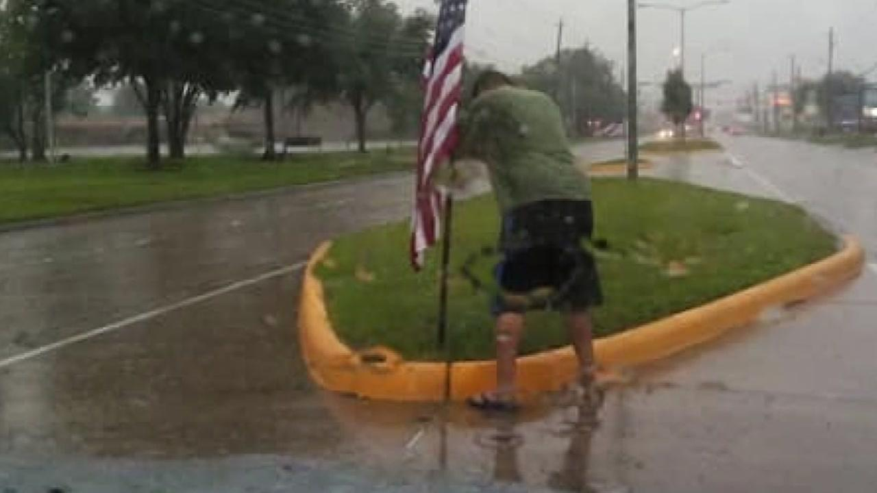 Former U.S. Marine veteran rescues flag during storm on Fourth of July