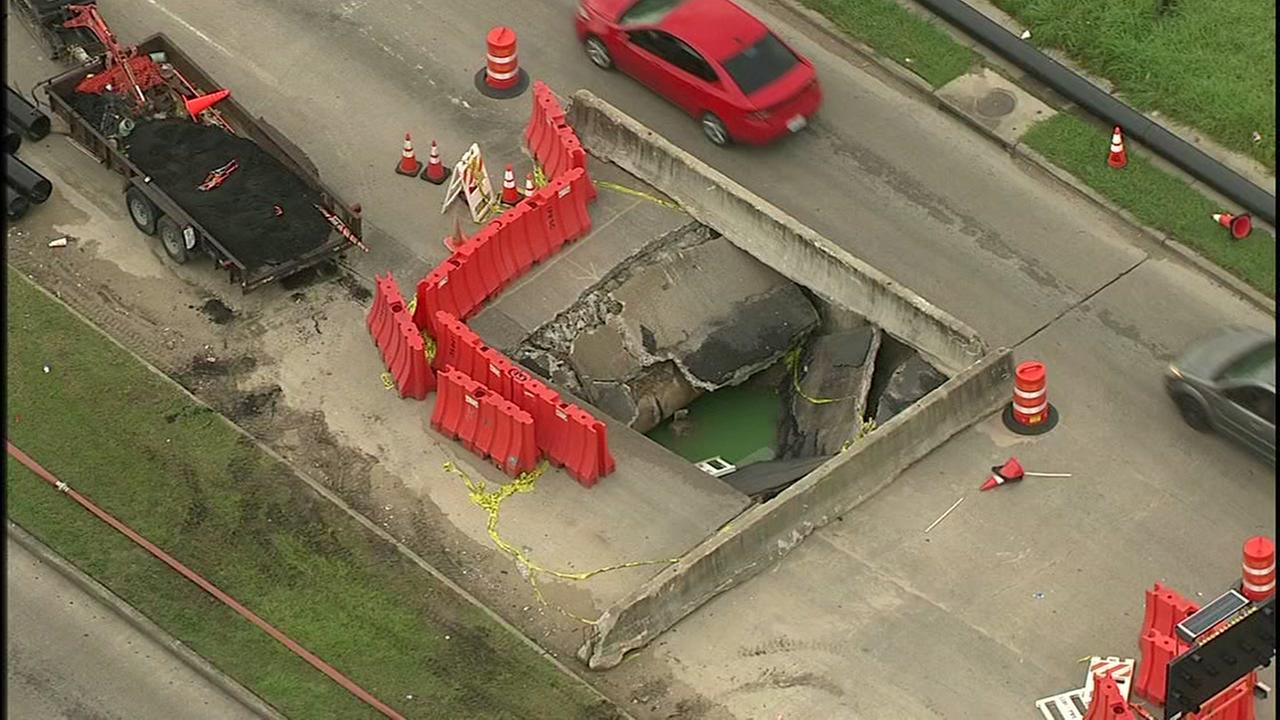 Huge sinkhole under repair in SW Houston