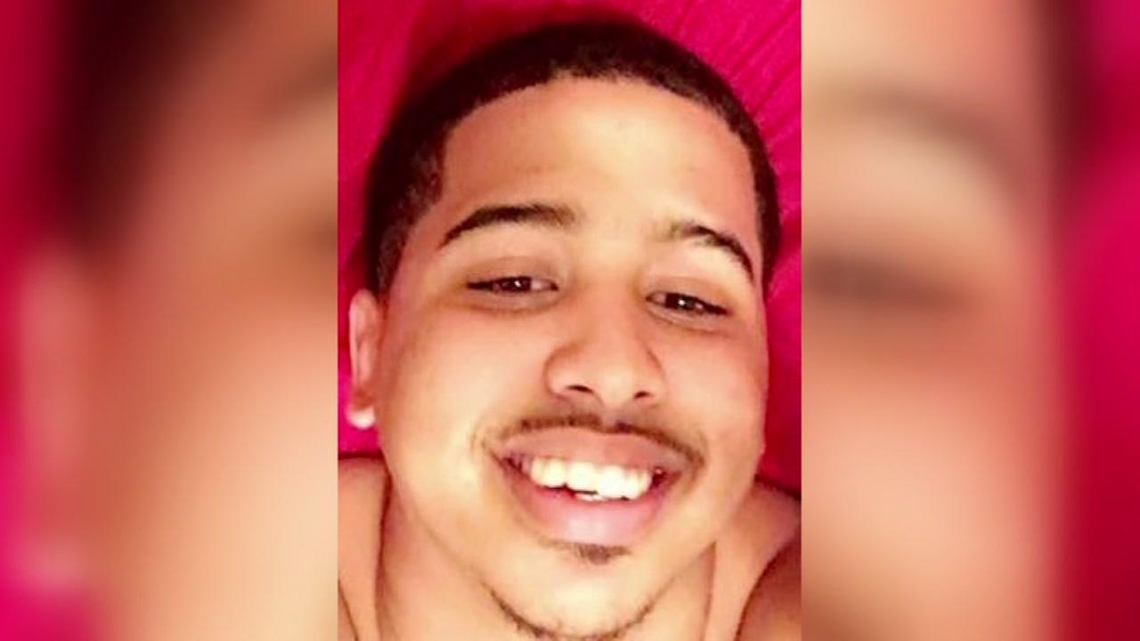 Man shot visiting friend at apartment complex