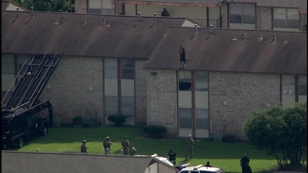 Repeat offender on roof arrested after SWAT confrontation