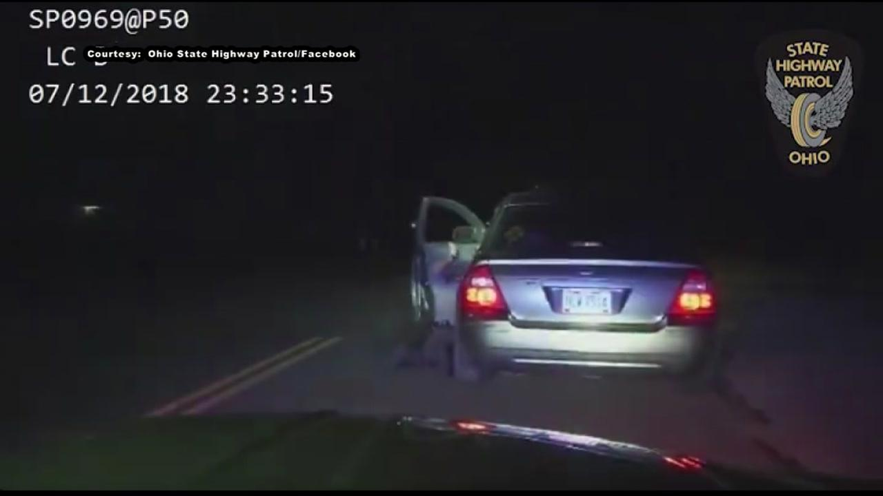 Wild video shows trooper dragged at high speed