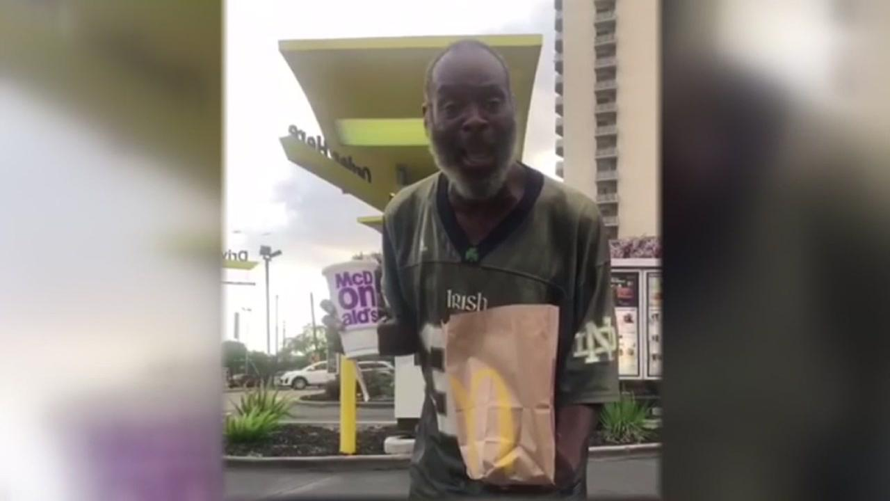 Woman wants to find homeless man who serenaded her on birthday