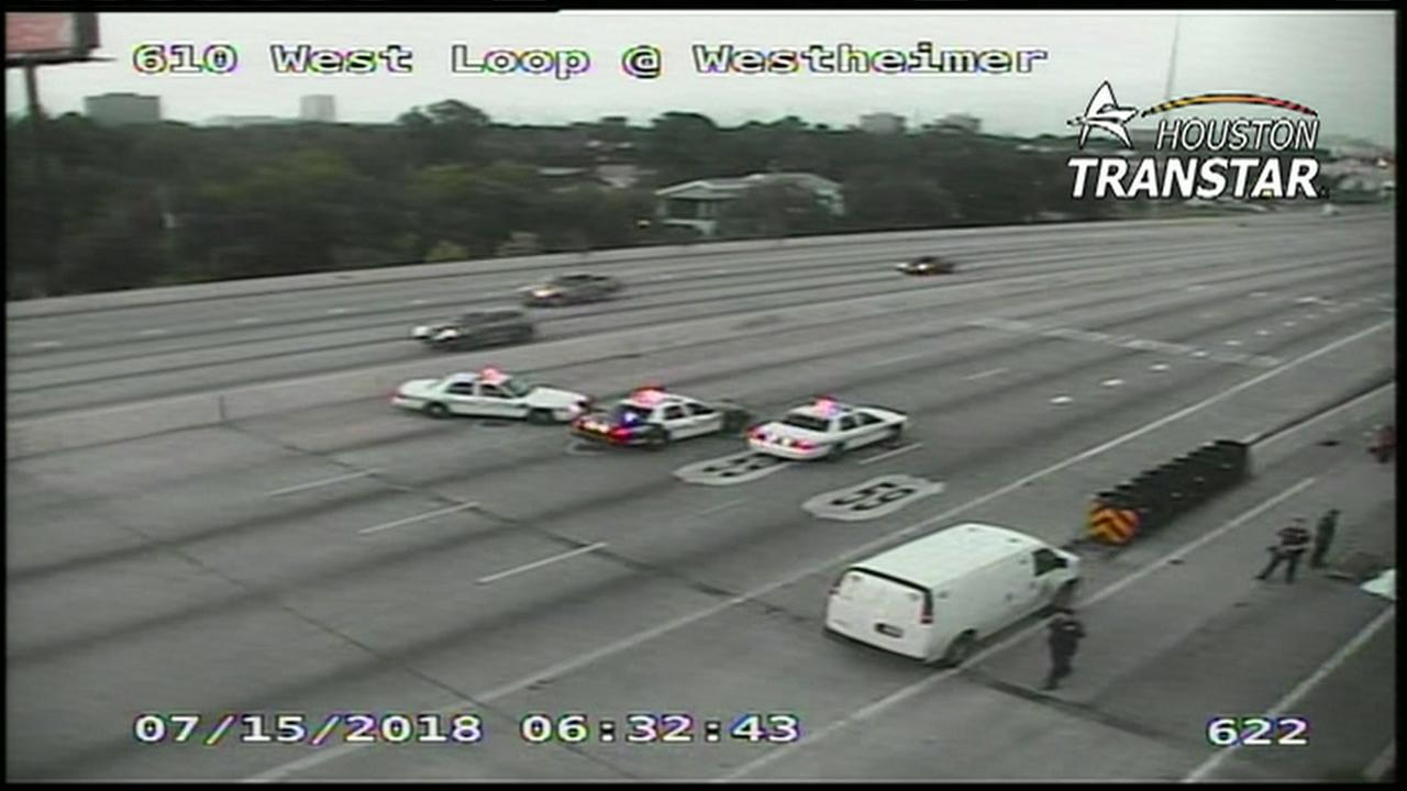 610 lanes shut down at Westheimer