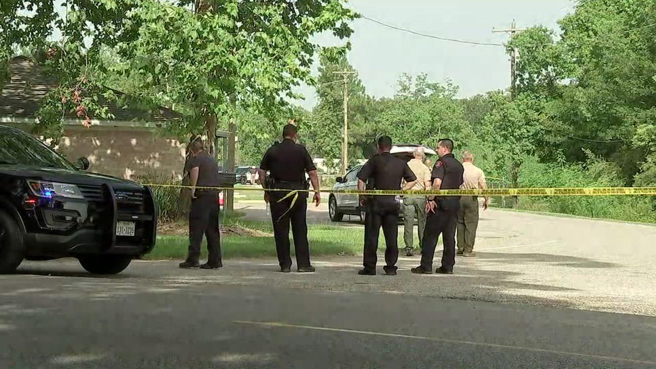 Shooting near church in Alvin