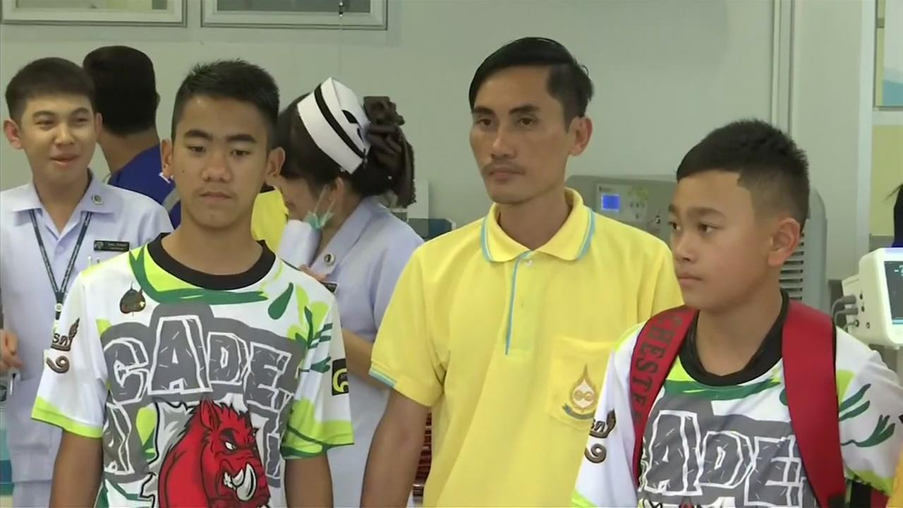 Thailand soccer team players leave hospital