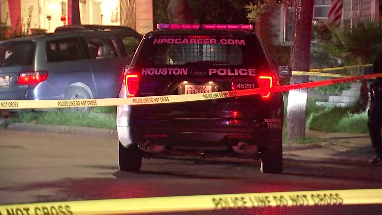 Man, teen boy shot in Houston