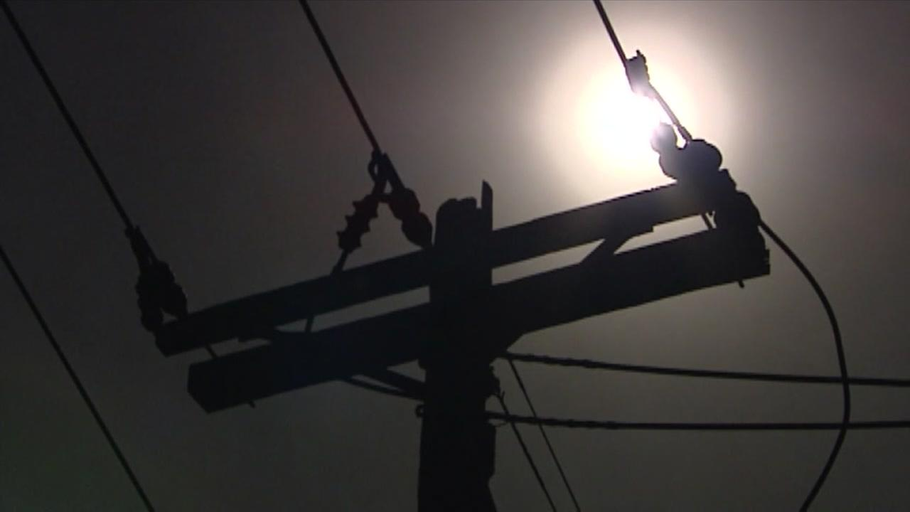 Power companies ask customers for energy conservation