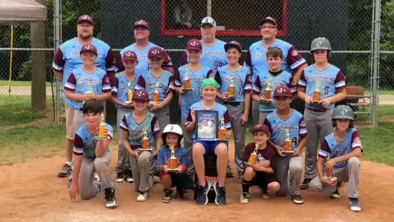 Little League team invites sick child to join team