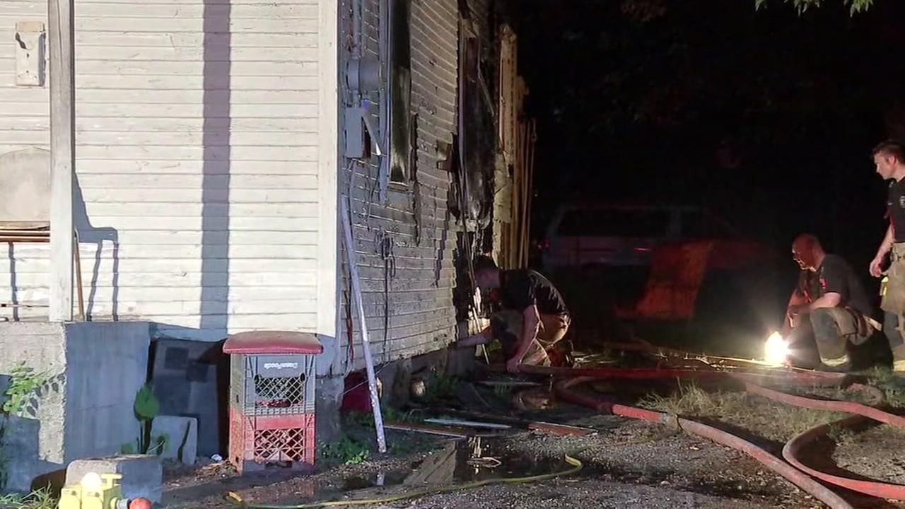Sleeping family escapes house fire in northeast Houston